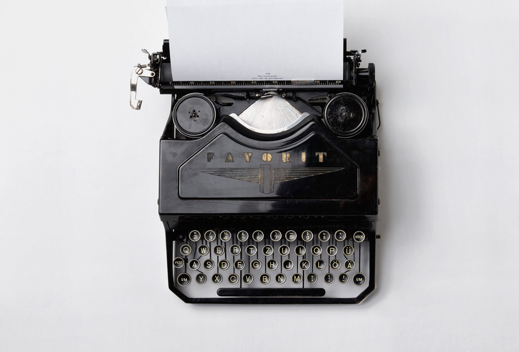 Why Wordpress is so great – typewriter